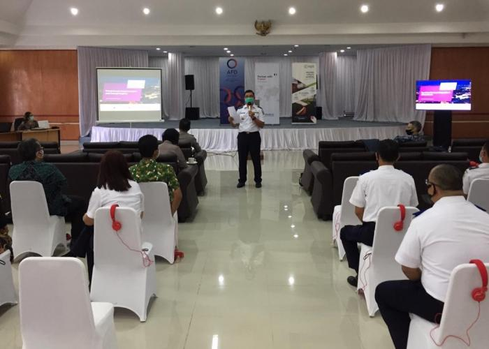 07-Workshop (2nd days) Pak Agustinus Panjaitan Dishub SUMUT facilitator 2 - copie_0.jpg